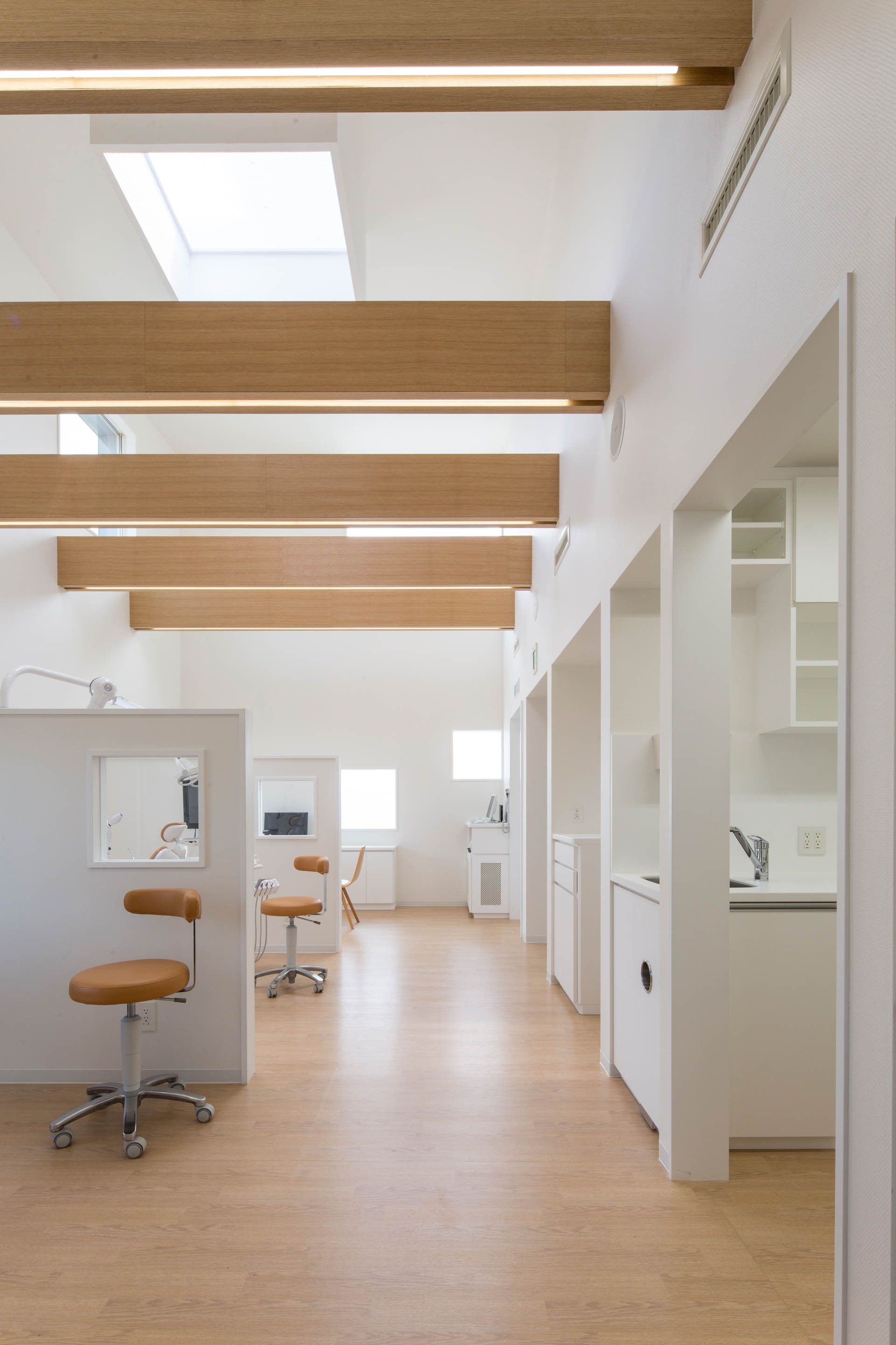 Image 3 Of 23 From Gallery Yokoi Dental Clinic Iks Design Msd Office Photograph By Keisuke Nakagami