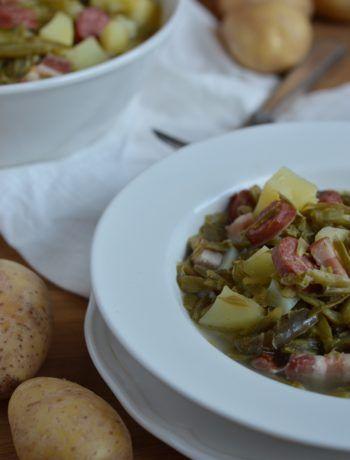 Kleine Brötchen mit Schinken und Zwiebeln | teeunkooken.de