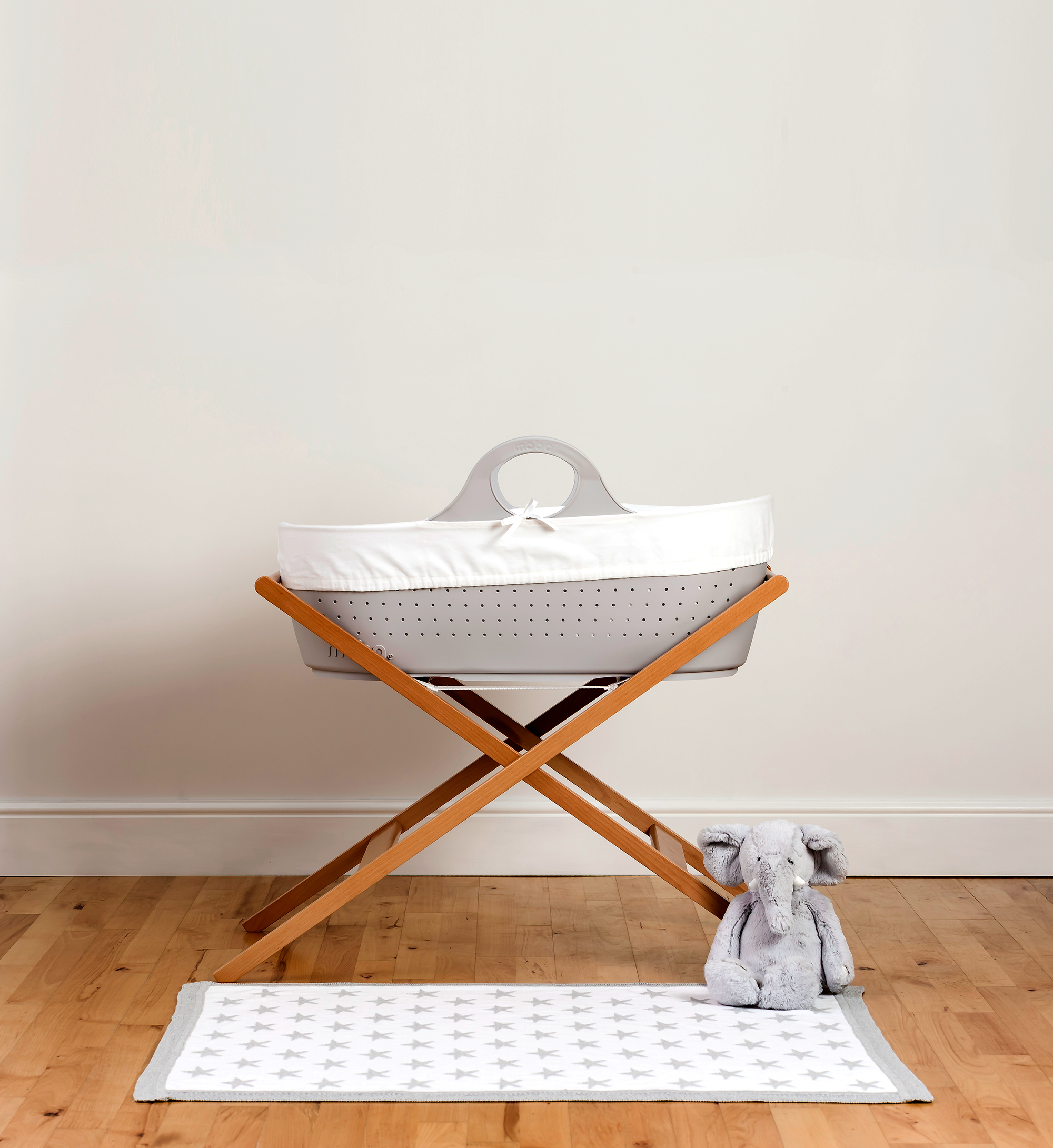 Baby Strollers Kijiji Montreal Gender Neutral Modern Nursery Ideas Moba Moses Basket Is