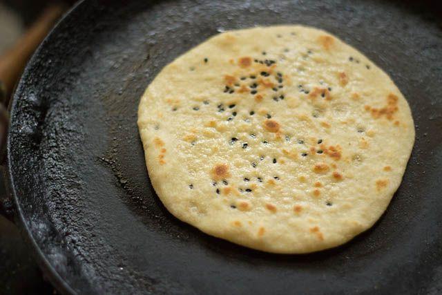 Kulcha recipe on tawa or griddle recipe indian breads bread bun kulcha recipe on tawa or griddle forumfinder Choice Image