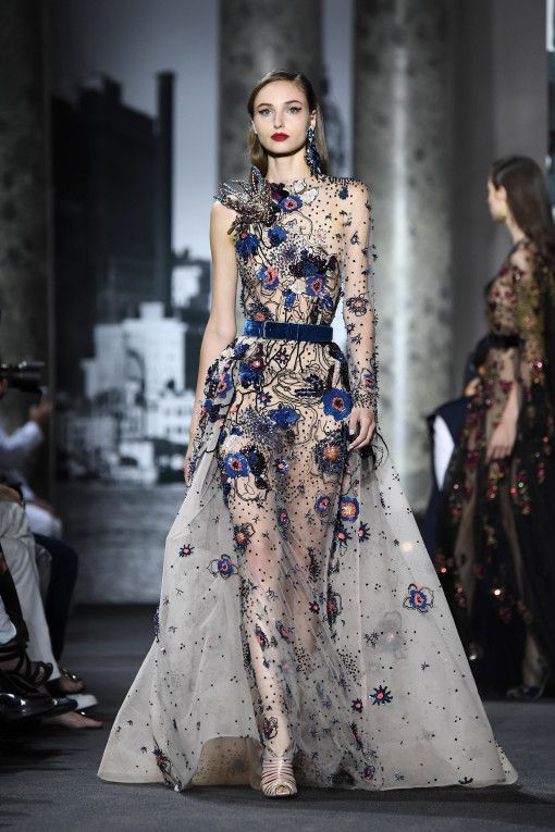 Elie saab runway paris fashion week haute couture for Hot couture fashion
