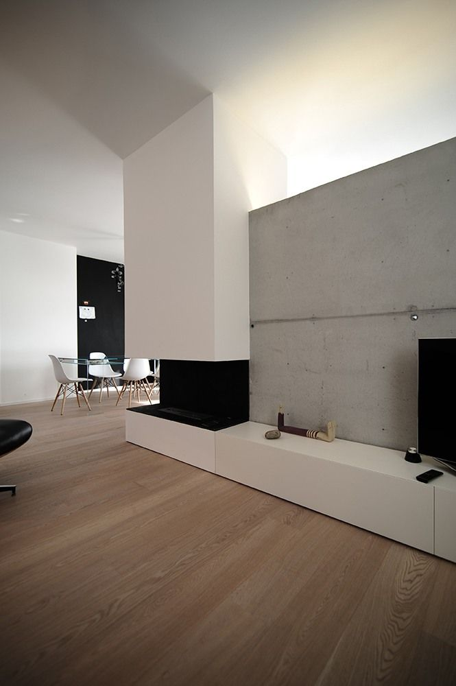 Clean minimalistic residence inside design by Italian architect Paolo Domenico Didonè is situated in Rosa Rosa, Italy.