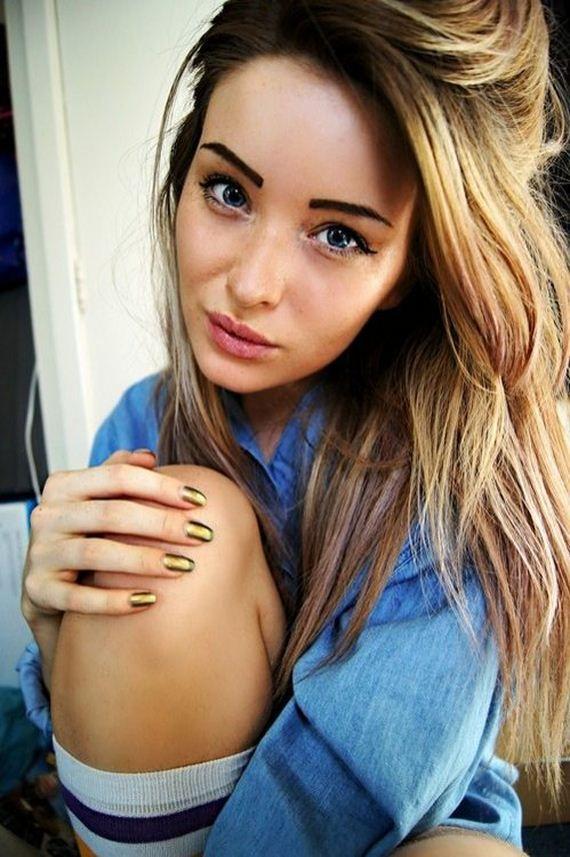 Random hot girl pics