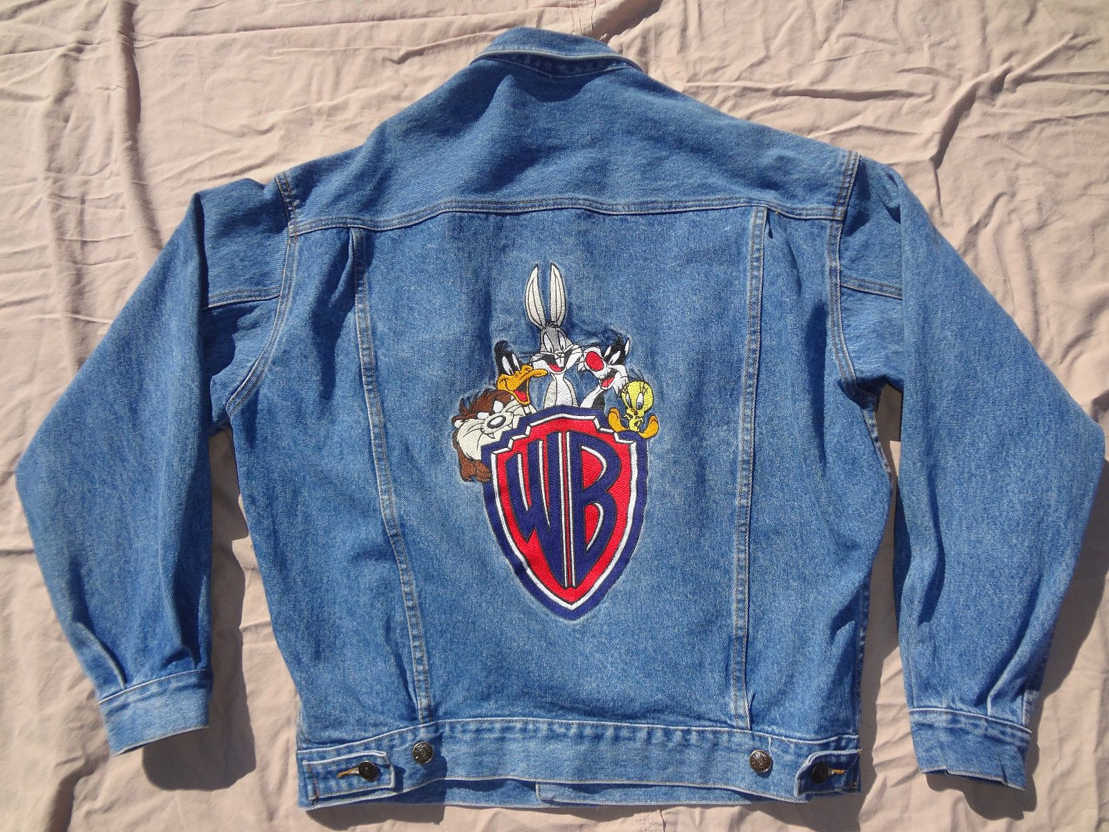 Looney Tunes Warner Brothers Jean Jacket Size Small Acme