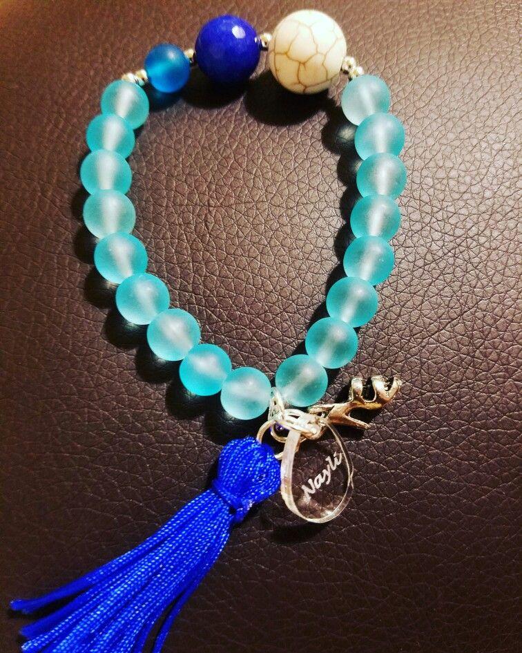 High heel blue bracelet