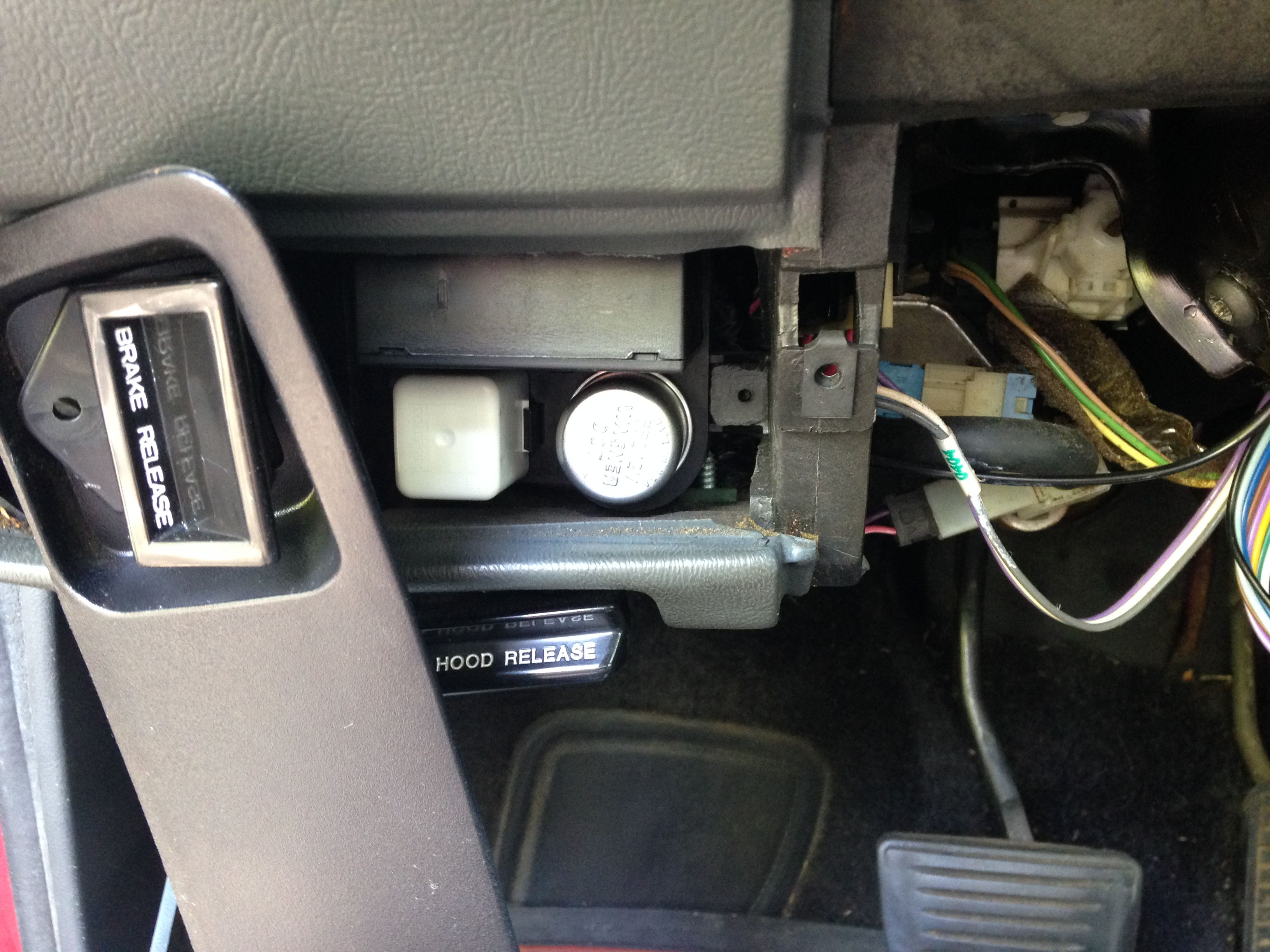1992 Chevy S10 Blazer horn relay location. | S10 blazer, Chevy s10, Blazer