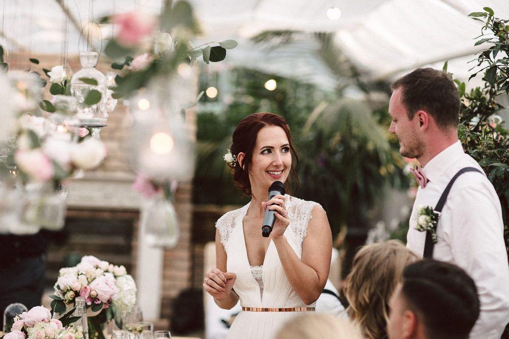 Alte Gartnerei Taufkirchen In 2020 Hochzeit Vintage Hochzeit Gartnerei