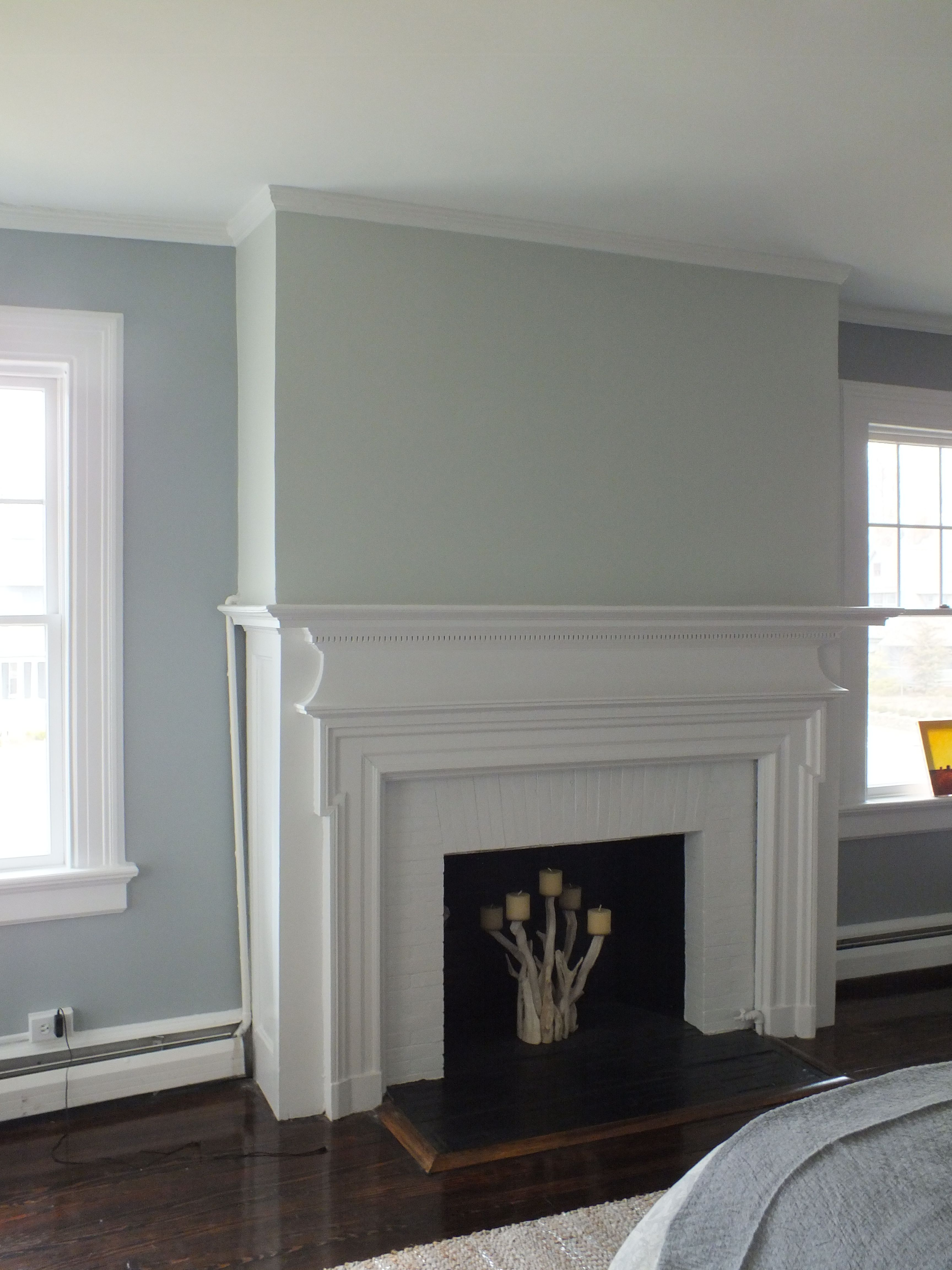 Benjamin Moore - Gray Owl on Fireplace Wall, Contemporary Color ...