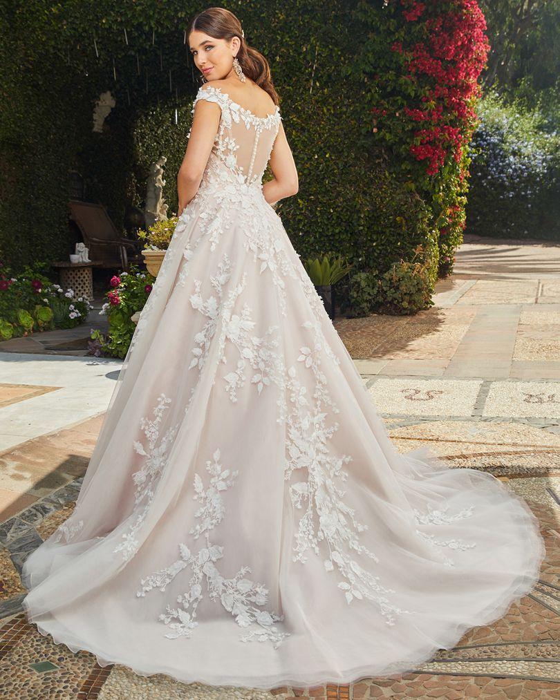(back) (With images) Wedding dresses, Casablanca bridal