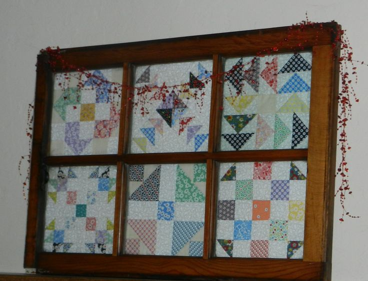 Lot Of Everything House Quilt Block Quilt Display Old Quilts