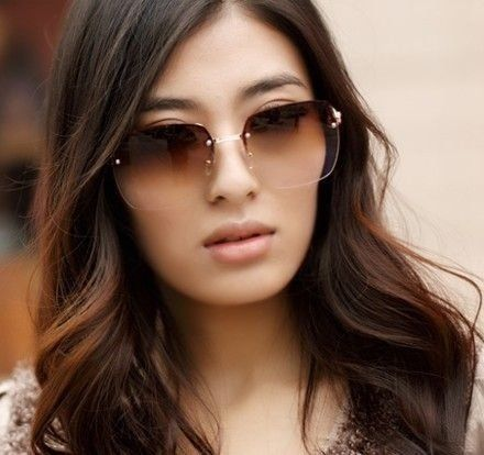 Designer feminino, óculos de sol sem aro gradiente, espelho sapo gradiente  Sunglasses. Encontre este Pin e muitos outros ... 97930491fd