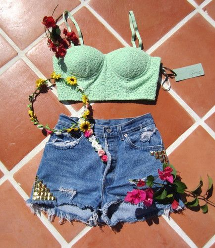Vintage Levi's and River Island Flower Crown