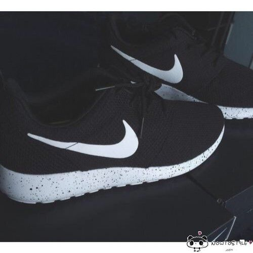 new style ba05d 33601 Nike Roshe Run Fur Ink Spot Black Speckled White Shoes Suede