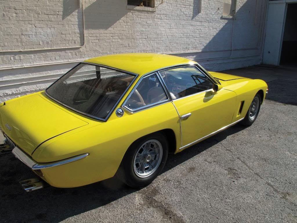 Mobil Sport Lamborghini Islero Yellow Back Side View Lamborghini