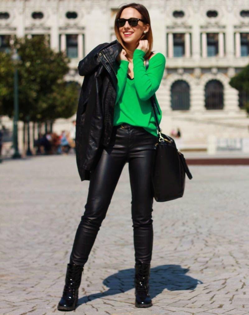 JPG femmes glamour et sexy en cuir et latex