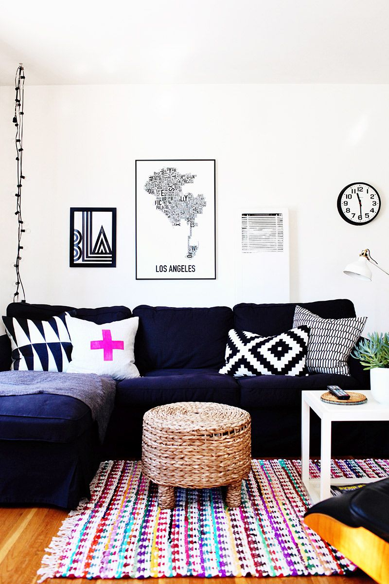 Charmant Black And White Living Room With One Vibrant Purple Pillow