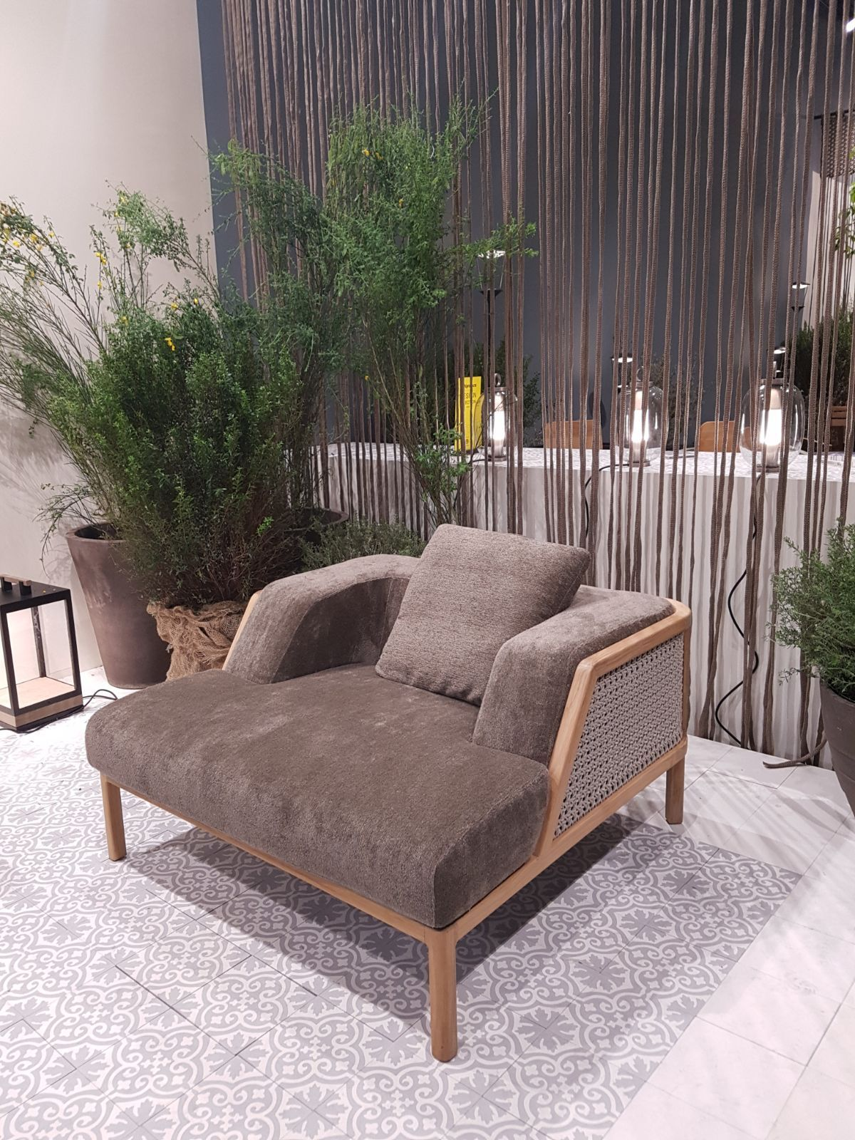 Chill Out Möbel Ethimo Lounge Chair At Salone Del Mobile Milano 2018 Get Comfy