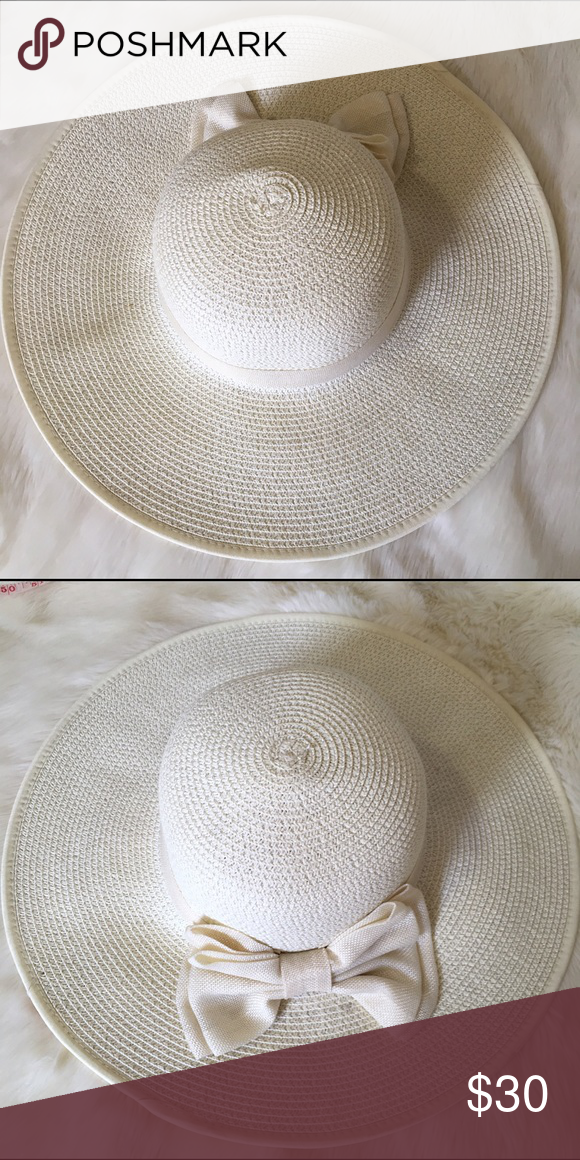 White Sun Hat 100% Paper. Fast shipping. NWT. Accessories Hats