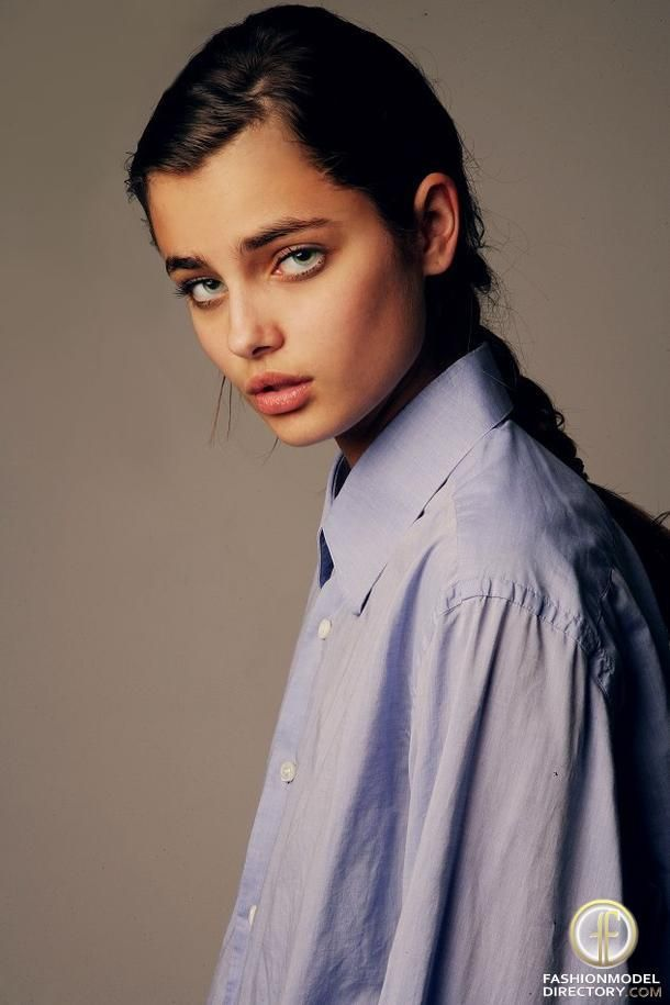 1bbb86993dfe5 Taylor Marie Hill - Fiona look-alike (at age 16) | Constellation ...