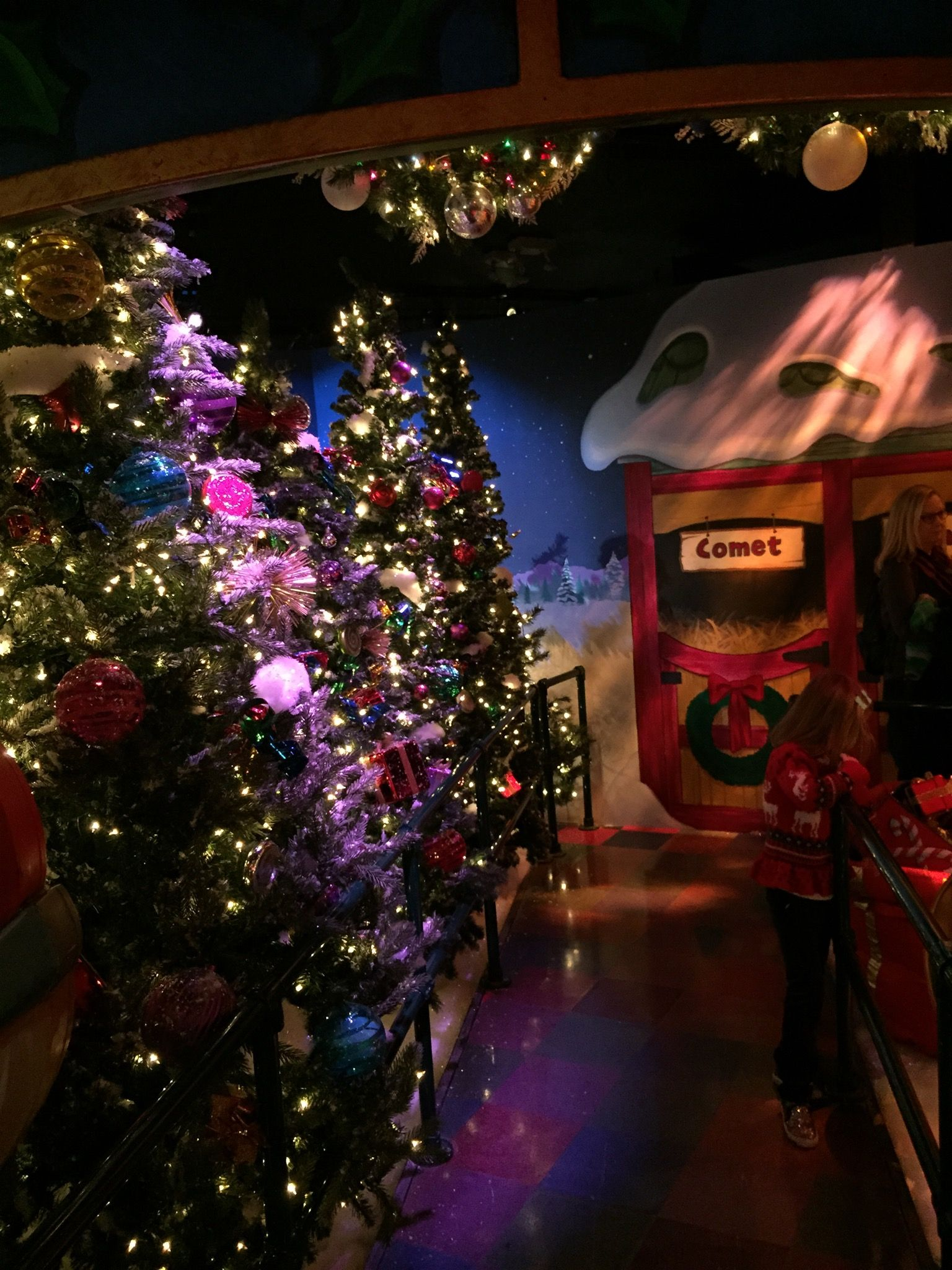 Tips for Visiting Santaland at Macy's on 34th Street | Nyc in december, Nyc christmas, New york ...