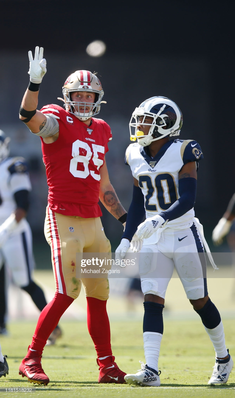 George Kittle Of The San Francisco 49ers Signals First Down After A San Francisco 49ers San Francisco 49ers Nfl Nfl Football 49ers