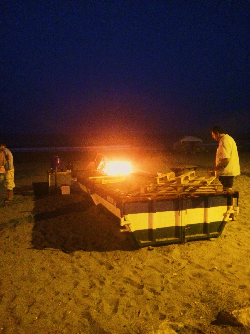 Boat bbq on the beach🐟
