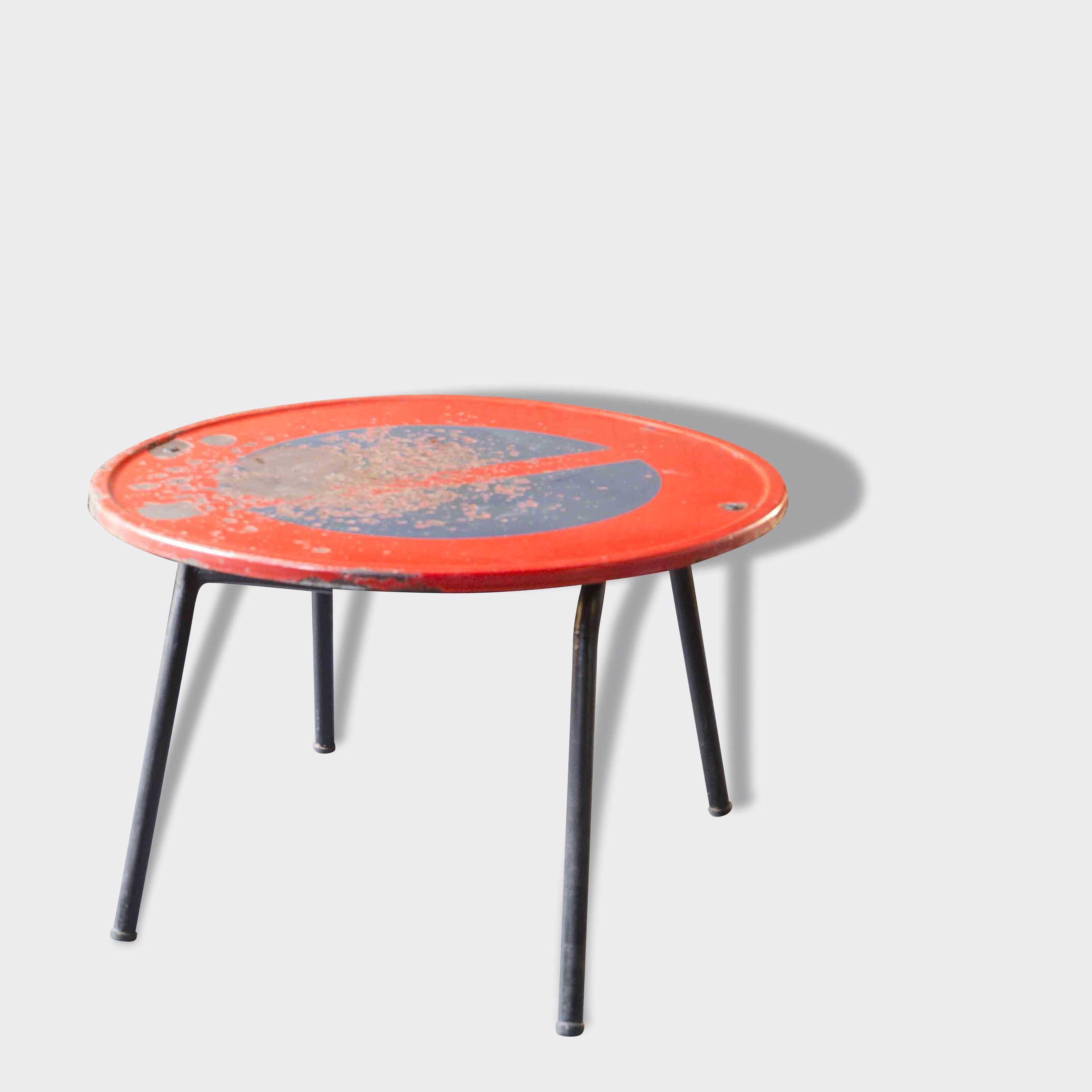 Table Basse Interdit De Stationner Metal Bon Etat Industriel Mobilier De Salon Deco Vintage Table Basse