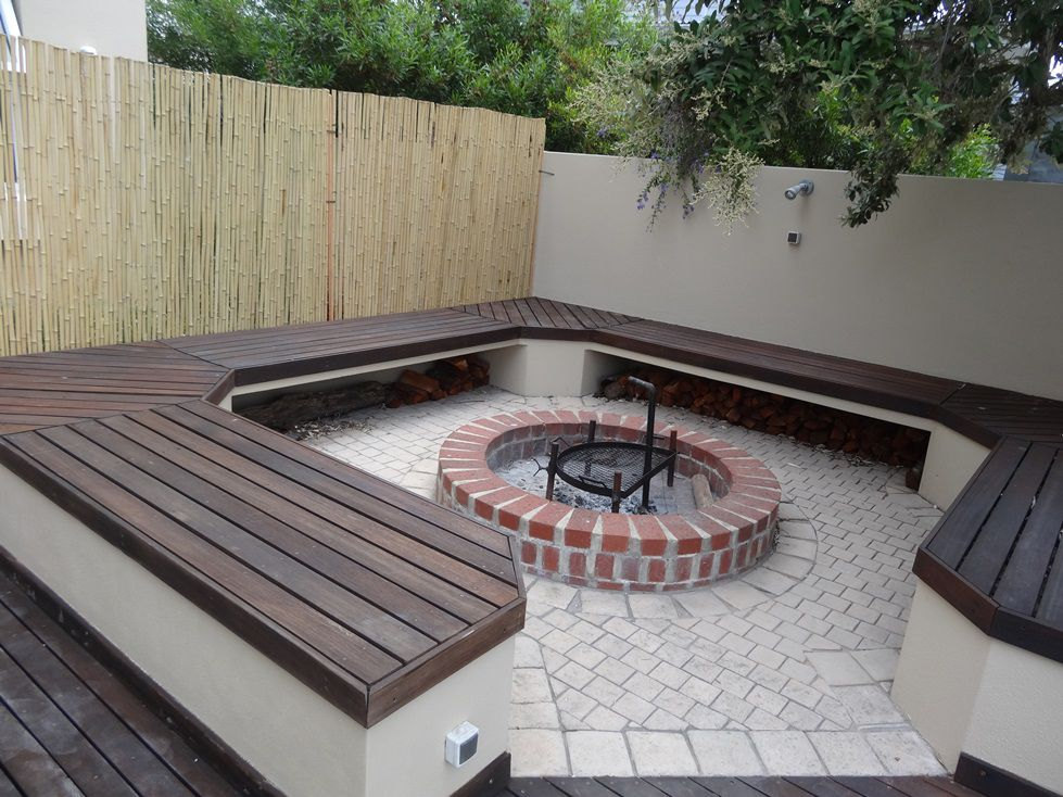 boma braai - backyard fire pit | Outdoor fire pit seating ... on Modern Boma Ideas id=91013