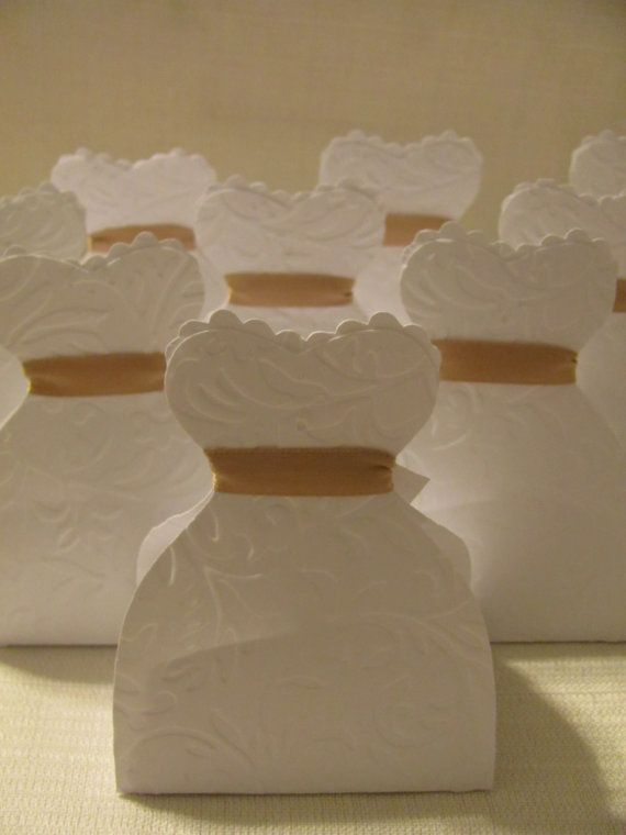 Bridal shower favor boxes - Can make the sash in the middle match Crystal's colors