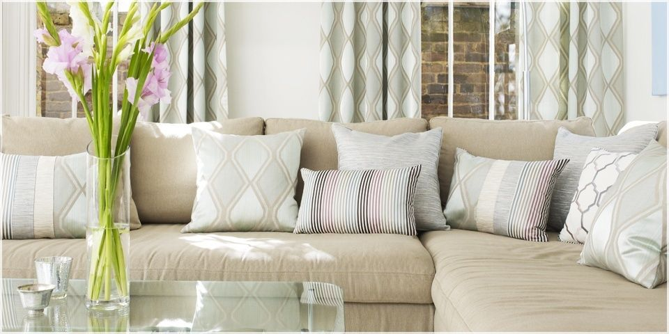 Prestigious Textiles ALTEA gamme Rideau Stores Romains coussins recouvert de tissu