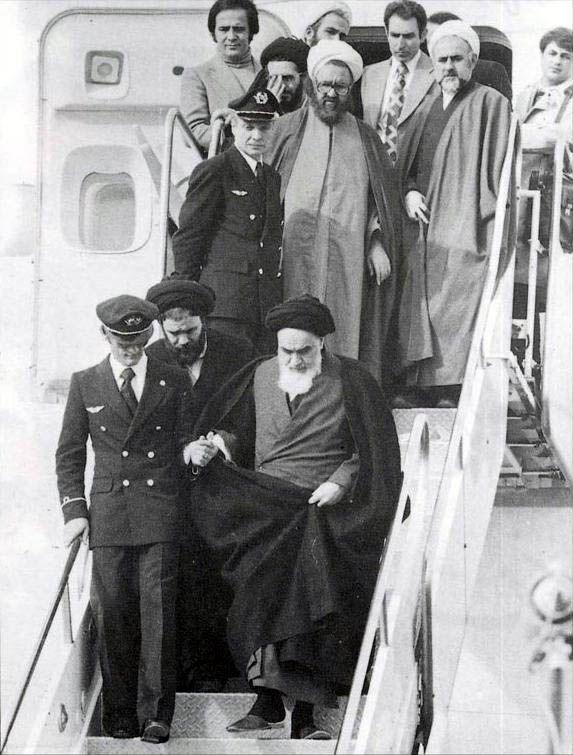 Llegada de Ruhollah Jomeini procedente de Francia el 1 de febrero de 1979.