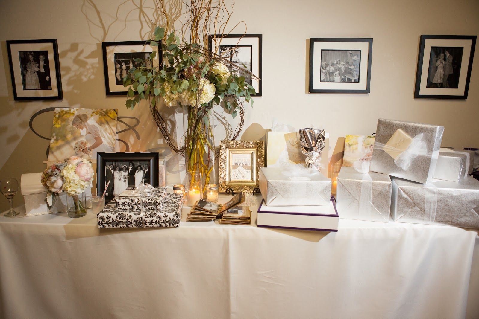 Wedding Tables:Wedding Gift Table Decorations Sign And