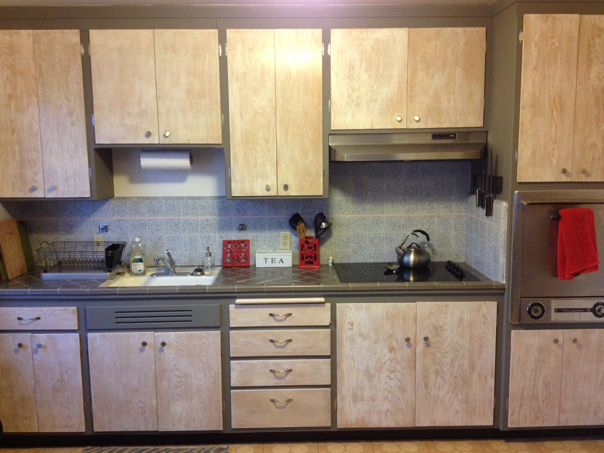 Refinished Hickory Wood Kitchen Cabinets With Gray Stained Line