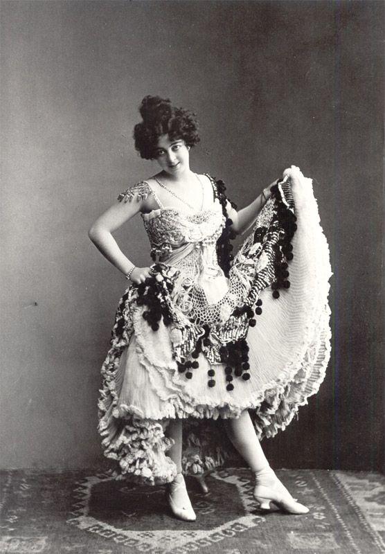Die Tänzerin Saharet. ca. 1900.