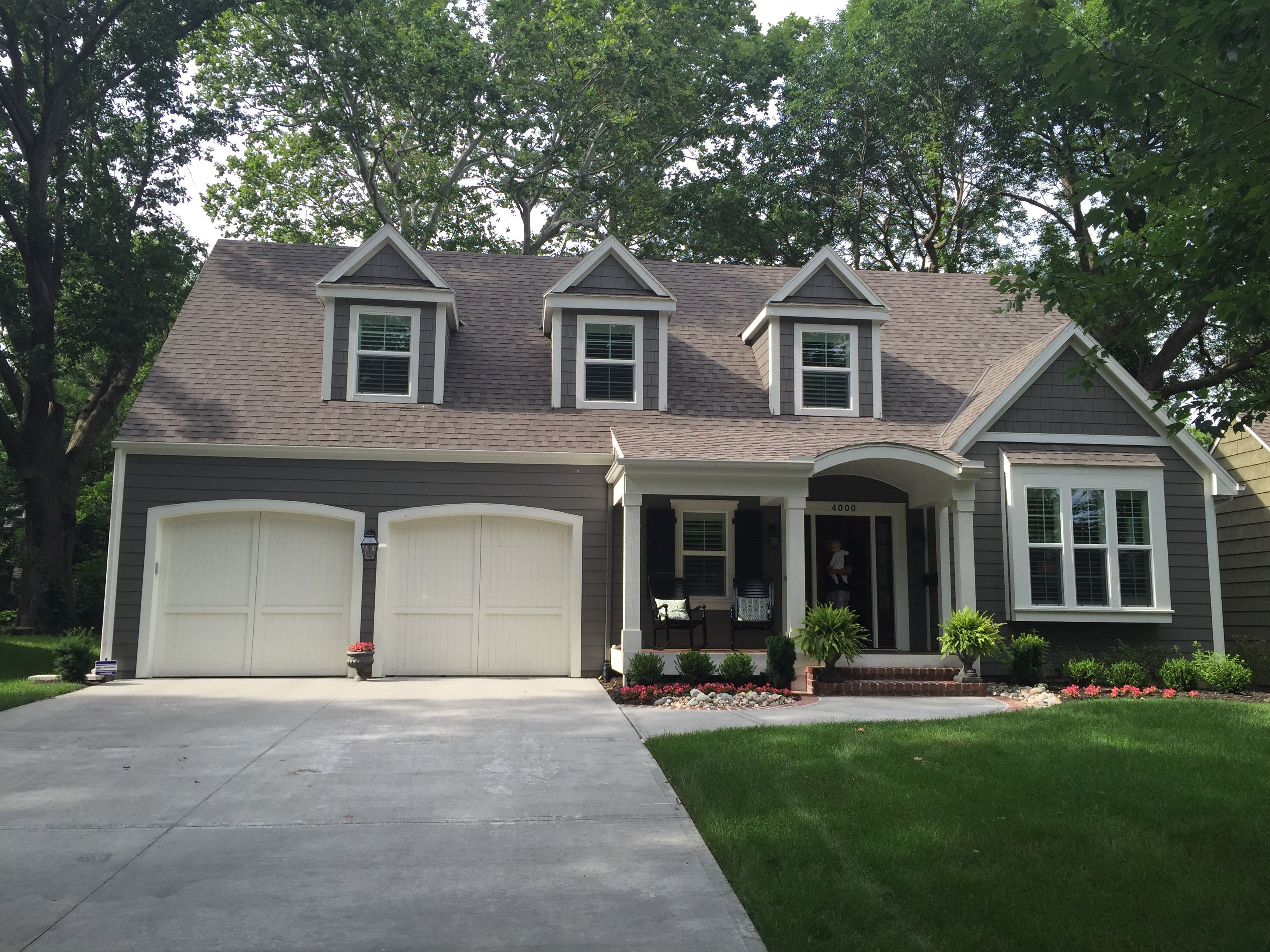 Gauntlet Gray And White Dove Gray Exteriors Pinterest Gauntlet Gray Exterior And Gray