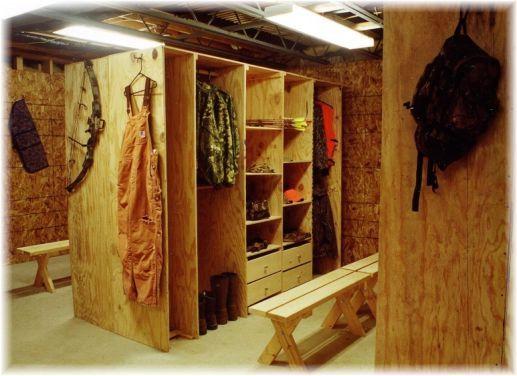 Small Mud Room Decor