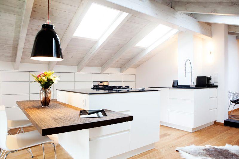 Rustikal Küche by BESPOKE attic apartment remodel idea Pinterest - küche in dachschräge