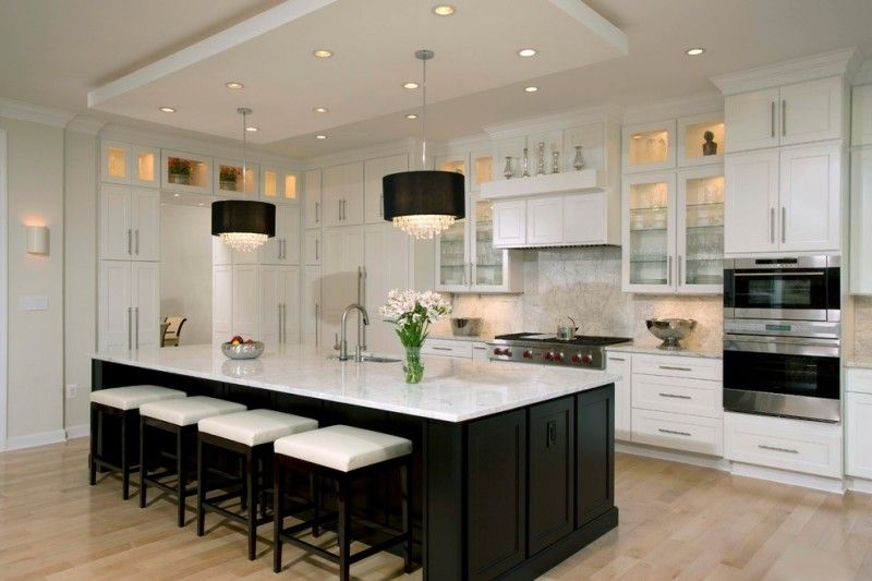 Black And White Kitchen Pull Down Kitchen Faucet Black Square Bar Stools White Close And O White Modern Kitchen Black Kitchen Island White Contemporary Kitchen