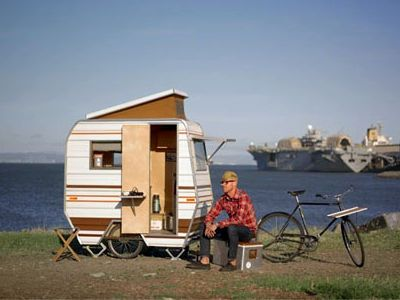 kevincyrnet tiny bike camper trailerweb - Tiny Camping Trailers