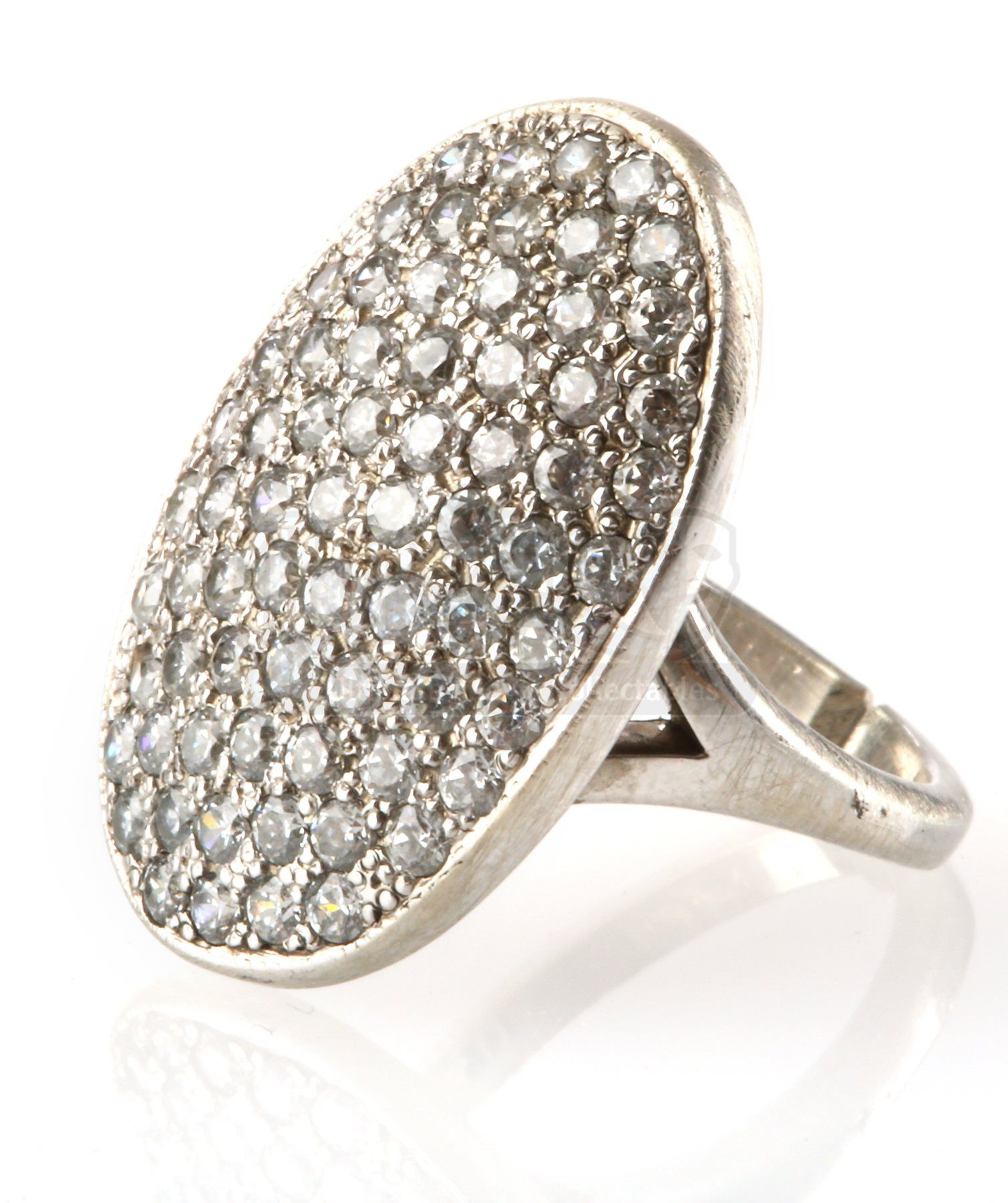 Bella Swan's Engagement Ring - Current price: $1500