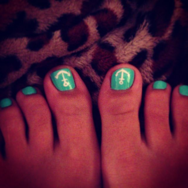 These look like someone toes I already knw....