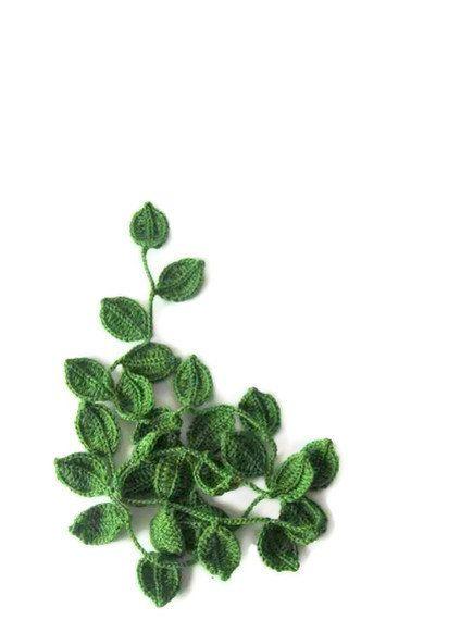 Bufanda Crochet lariat bufanda Infinity con hojas por Iovelycrochet