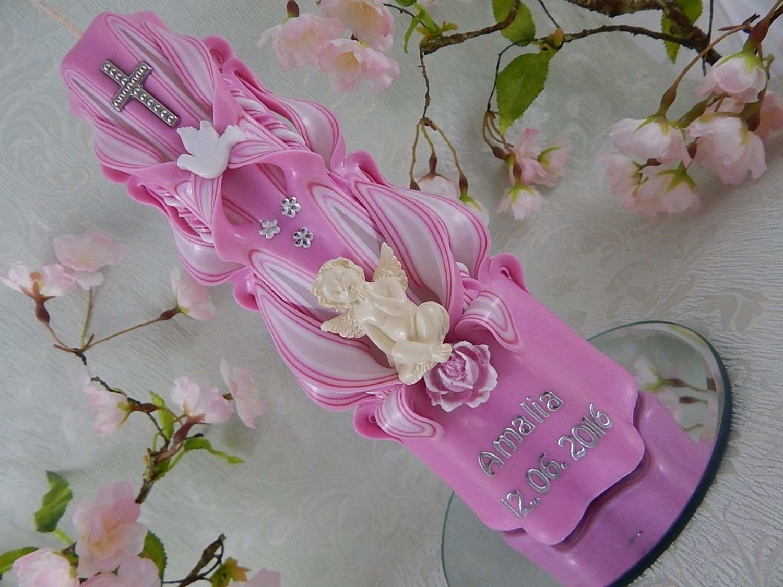 Taufkerze geschnitzt lila mit Schutzengel Taufkerze Mädchen mit Name und Datum