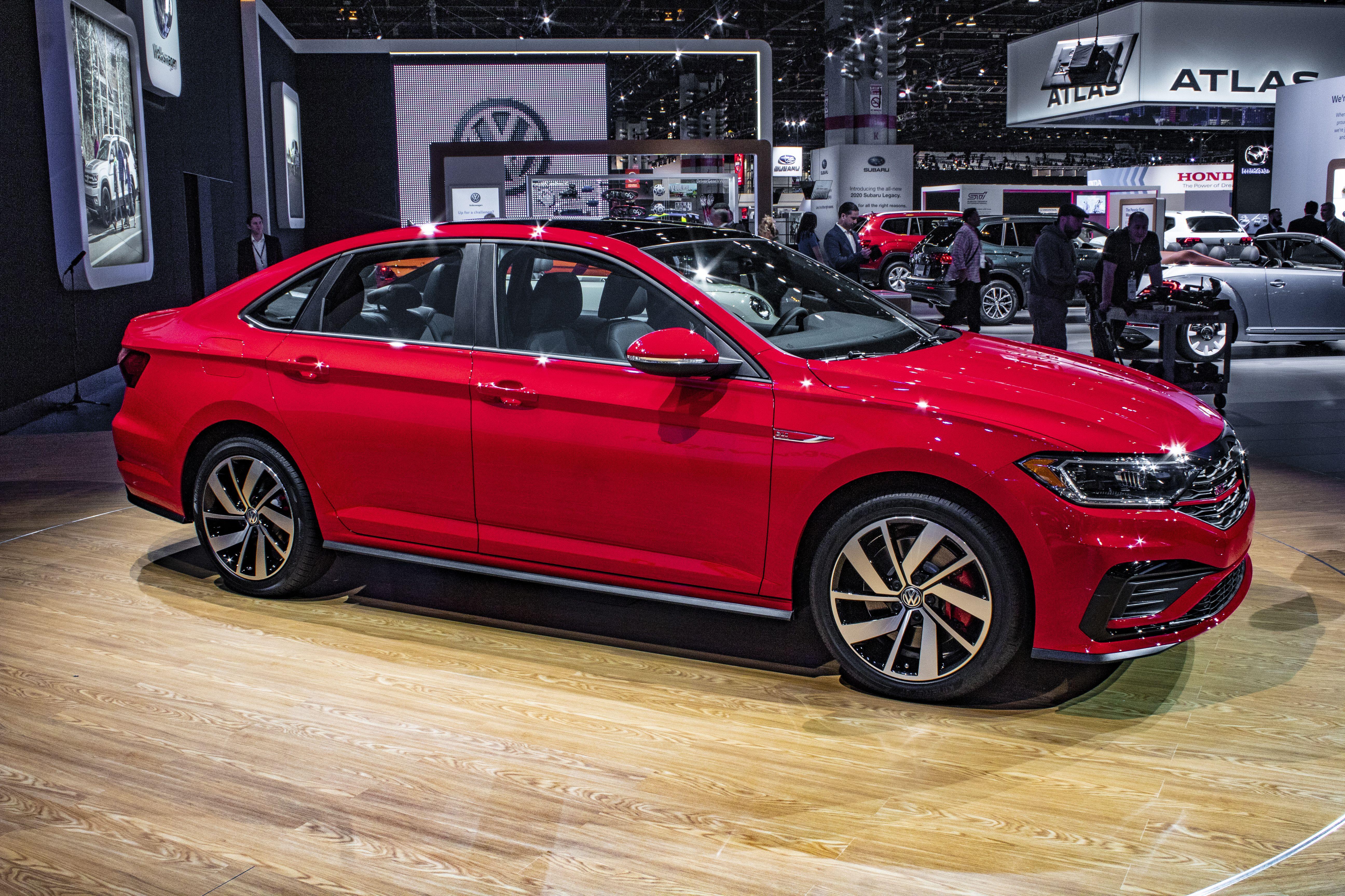 2020 Volkswagen Jetta Performance and New Engine