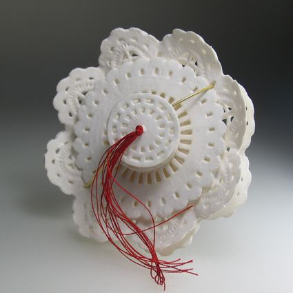 Ela Cindoruk 2004  PAPER, GOLD 18K, SILK THREAD  COMPASS ROSE  8CM ∅