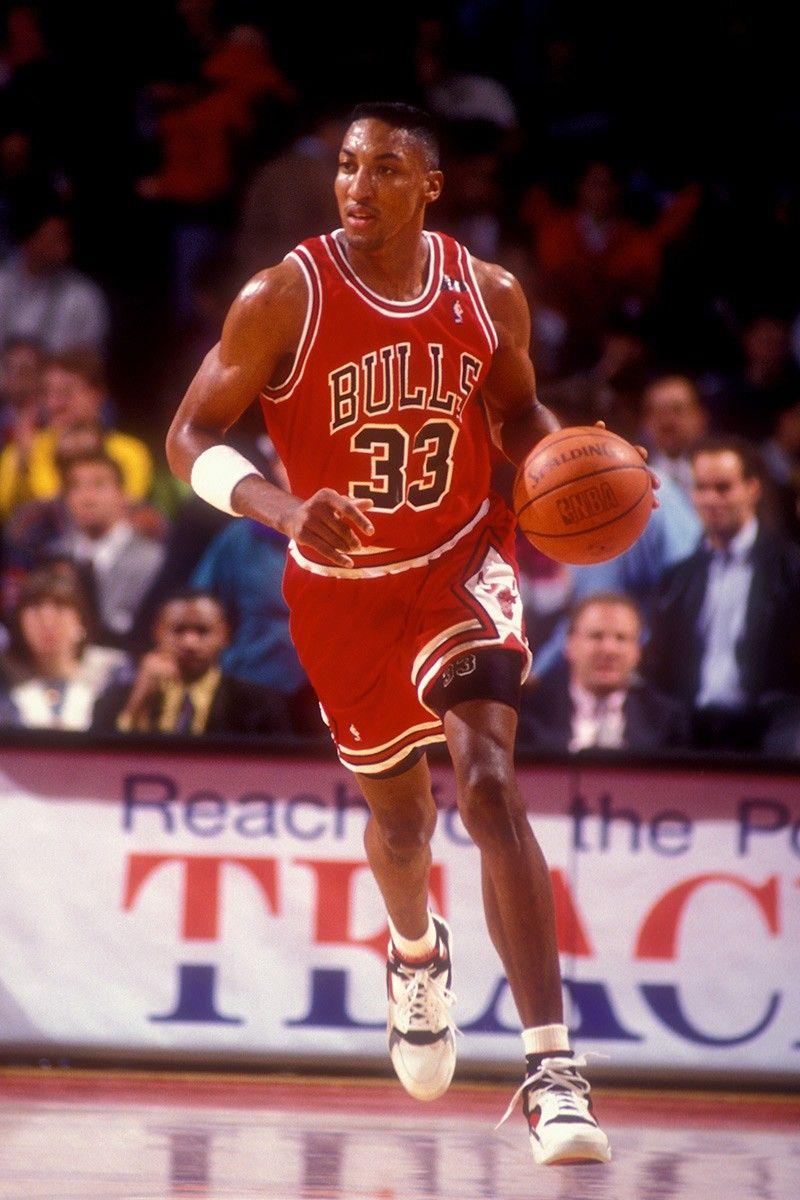 8 Best Sneakers Scottie Pippen Wore As An Nba Player In 2020 Scottie Pippen Scottie Basketball Players Nba