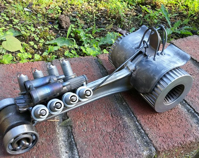 Weld Art From Scrap Metal And Motorcycle Parts Tractor Pull Diesel Scrap Metal Art Scrap Metal Welding Art