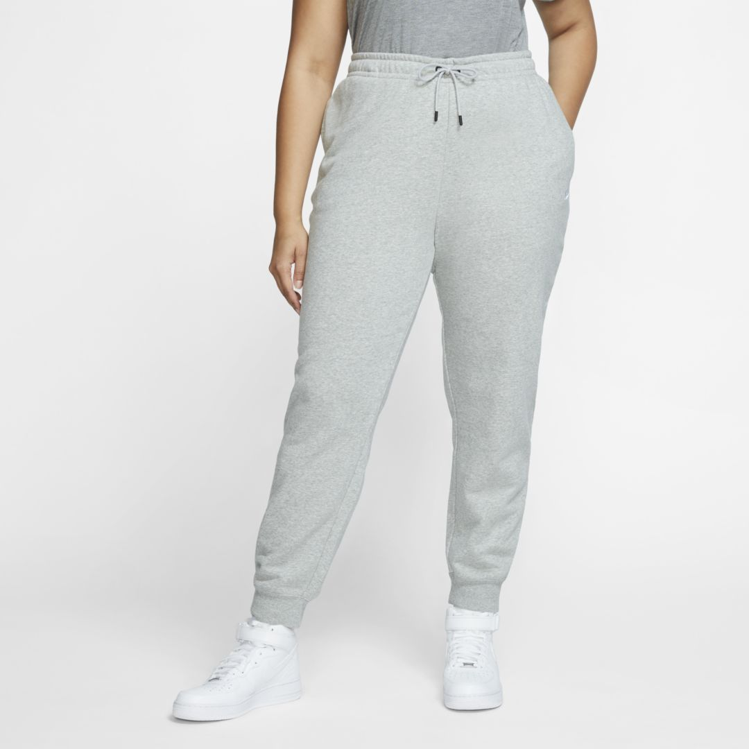 Photo of Nike Sportswear Essential Women's Fleece Pants (Plus Size). Nike.com