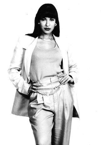 Selena....looking fabulous!