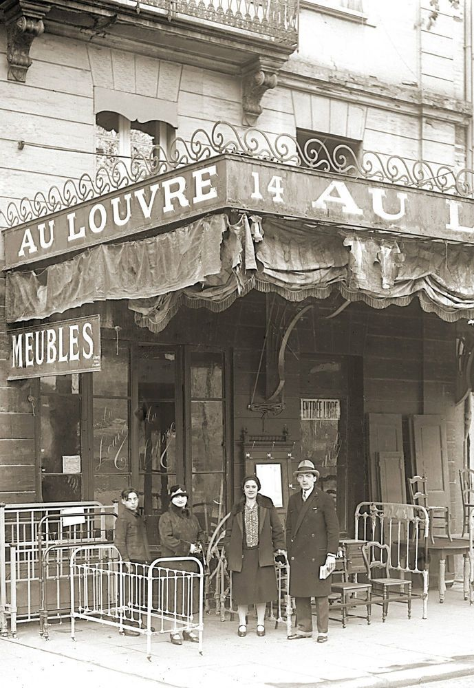 photo ancien commerce toulouse magasin ameublement au louvre repro an 1920 vintage shop. Black Bedroom Furniture Sets. Home Design Ideas